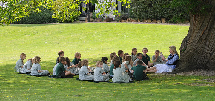 Oakwood pupils learning outside